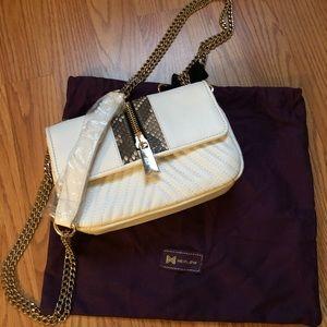 ⭐️NWOT Leather Handbag w/Chain Strap⭐️